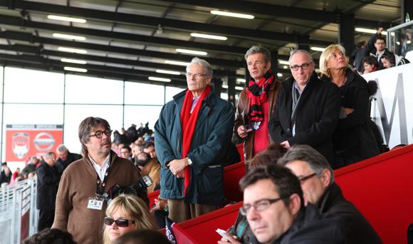 29. Michel Noir, ancien maire de Lyon, est un abonné des matchs du LOU
