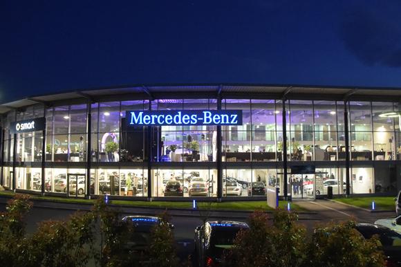 1. Nouvelle concession Mercedes-Benz à Saint Fons