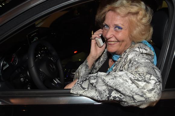 49. En voiture Nicole