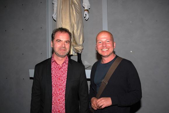16. Jean-Michel Daly (Responsable Atelier Opéra) et Thibaut Vancraenenbroeck (créateur des costumes pour « Les flûtes enchantées »)