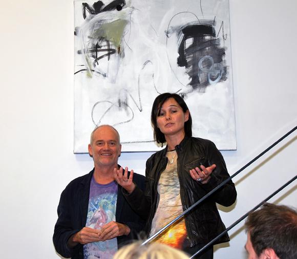 24. Discours et remerciements de Sandrine Chausson, responsable de la boutique Raphaele et du designer Hartmut Bretz