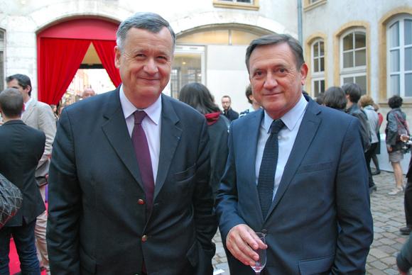 8. Albéric de Lavernée (Vice-président à l'intégration sociale, département du Rhône) et Joël Madile, directeur de la délégation parisienne du Grand Lyon