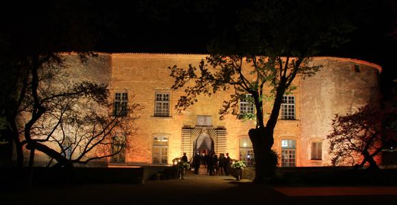 Château de Bagnols. Une inauguration chic et décontractée