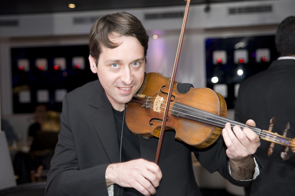 9. Laurent (violoniste de son état)