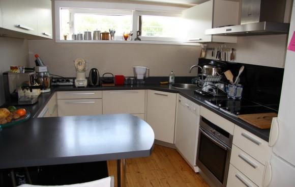 une des plus belles p niches lyonnaises est vendre. Black Bedroom Furniture Sets. Home Design Ideas