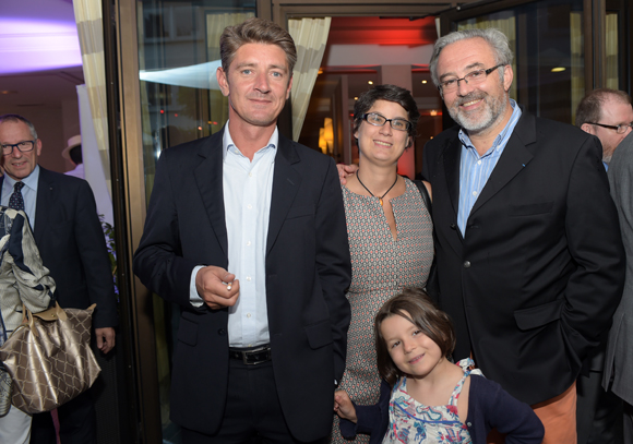 12. Damien Gouy-Perret, directeur de cabinet du maire du 6ème, Erick Roux de Bézieux (Syntagme), son épouse Elodie, mairie du 6ème et leur fille Camille