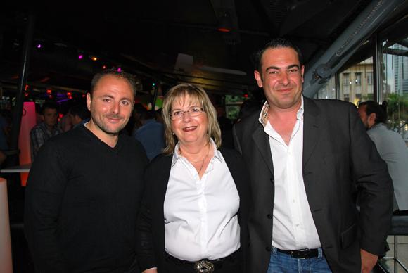 20. Willy Aucagne (de l'homme à l'habitat), Marie-Claude Aubiriot (Areba) et Stéphane Aubiriot (Areba)