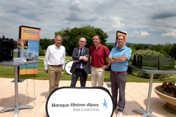 8. Eric Vernusse, Yvon Léa (Banque Rhône-Alpes), Antoine Biton (Air France) et Jean-Pierre Lorente (Selectour Afat Bleu Voyages)