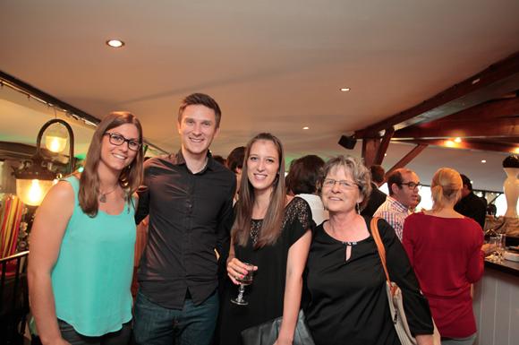 18. Laurine Dalmas, Hugo Leclere (Newic), Julie Adam, diplômée, sa maman Edith, conseillère d'orientation à l'Education Nationale