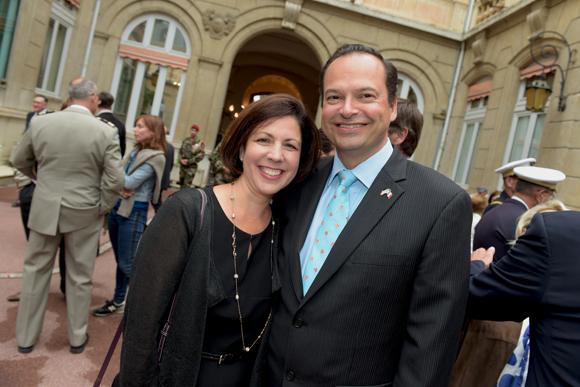 19. Clayton M.Stanger, consul des Etats-Unis et son épouse Fatima