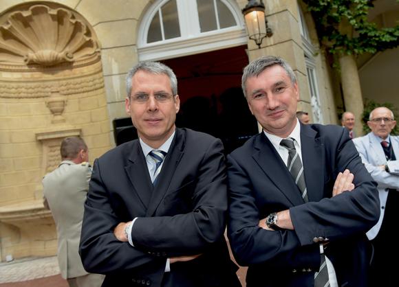 33. Les députés Philippe Meunier et Christophe Guilloteau