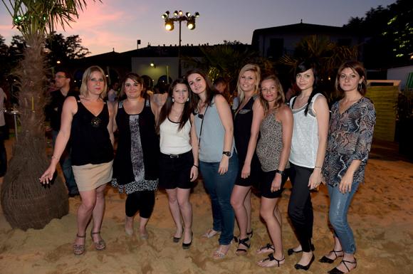 38. Sophie, Jessica, Laura, Julie, Laurene, Audrey et Babeth