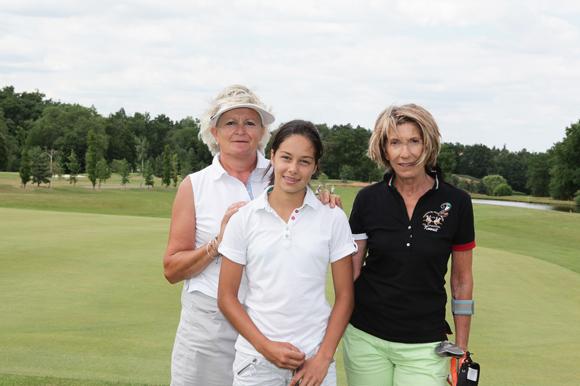 4. Isabelle Gros, Léa Truong et Marie-Pierre Lescoeur (Haut Les Cœurs)