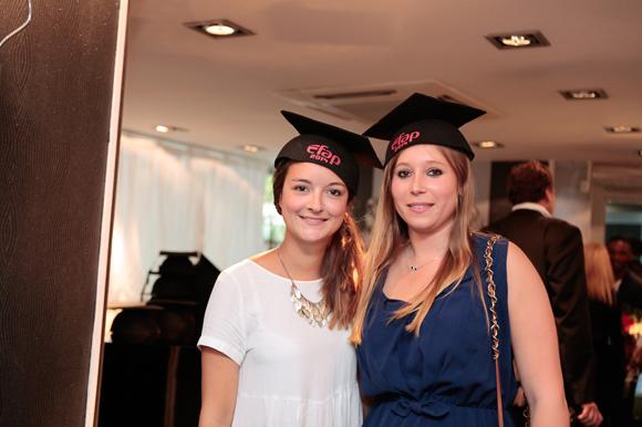 5. Anne-Charlotte Morel et Iris Masuyer, diplômées