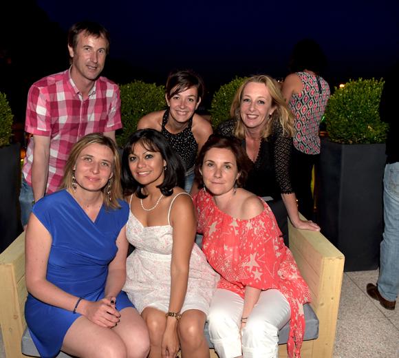 52. Fabrice, Muriel, Sandrine, Amandine, Emilie et Isabelle