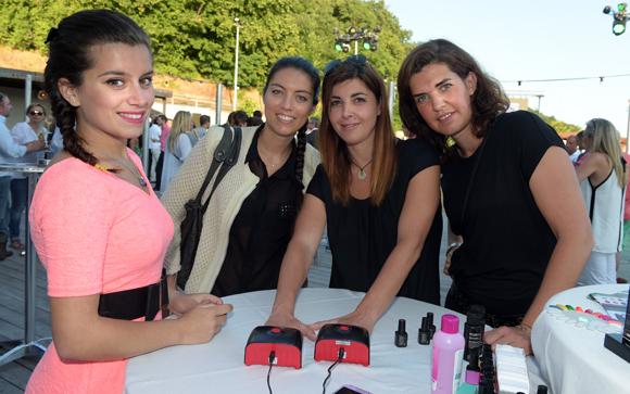 7. Christine, Julie, Laetitia et Géraldine