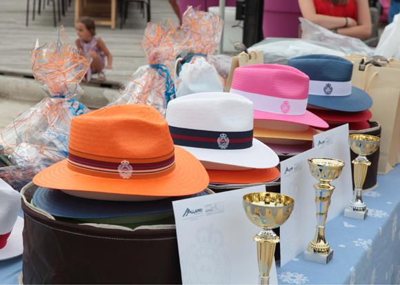52. La table des trophées et récompenses couronnée par Allard