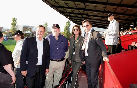 16. Jean-François Carenco, Préfet de région Rhône-Alpes, Daniel Avis, président de la Matmut, Jacqueline Ginon et Franck Isaac-Sibille (LOU Rugby)