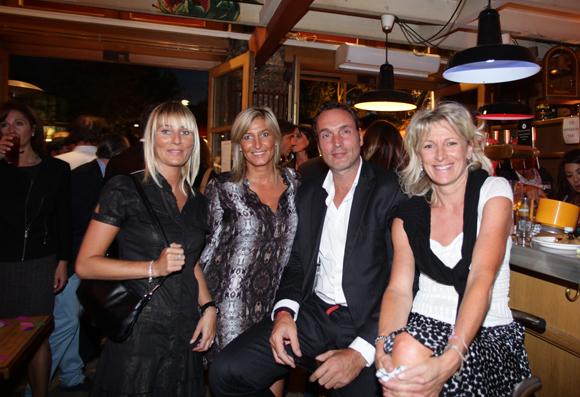 19. Elodie Bontron, Virginie Grospeiller (Groupe Pruvost Immobilier), Frédéric Frerejean (AXA) et Hélène