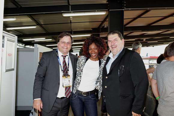 19. Franck Isaac-Sibille (LOU Rugby), Edwige Adjakly (Air France) et Stéphane Passaris (Hop - Air France)
