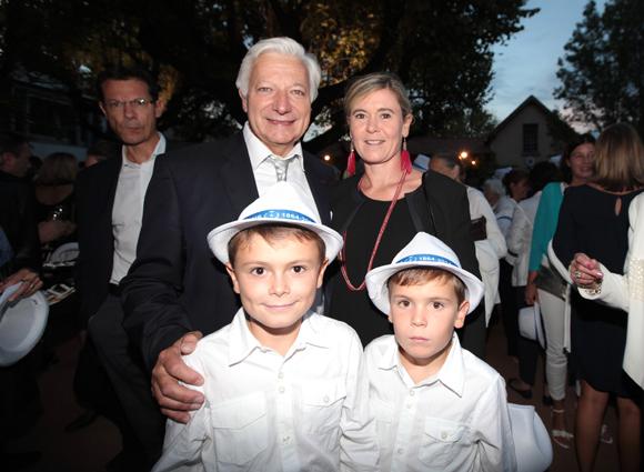 4. Marc et Delphine Fraysse, Paul et Marc