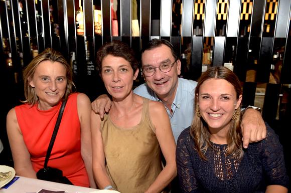 7. Brice Robert, ses femmes Sophie, Anne et Johanne