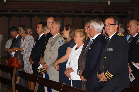 18. Les corps constitués autour du nouveau gouverneur militaire de Lyon Pierre Chavancy