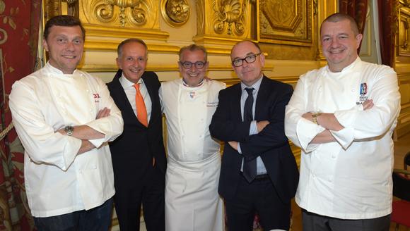 14. Frédéric Berthod (33 Cité), Eric Vernusse (Banque Rhône-Alpes), Joseph Viola (Daniel & Denise), Yvon Léa (Banque Rhône-Alpes) et Christophe Marguin