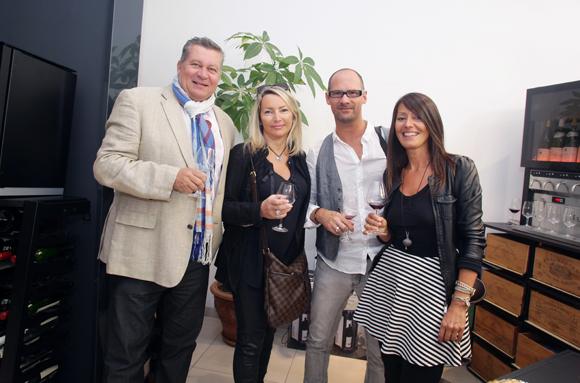 20. Les assureurs Christophe Gerbaud et Corinne Paris, Didier Perret (salon de coiffure Vogue) et Florence Guyot (Champagne Margueritte Guyot)