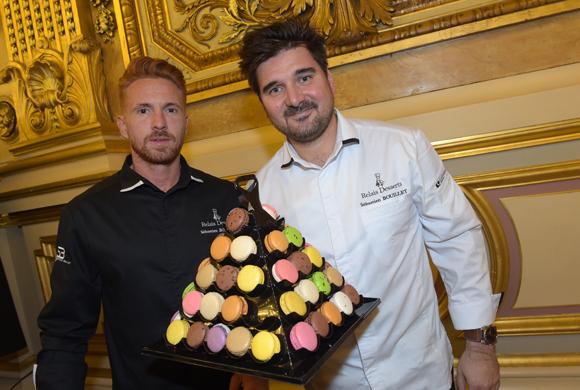 24. Les pâtissiers Julien Goulet et Sébastien Bouillet