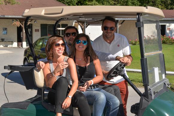 28. Camille Artaud (marketing Delorme), Justin Delorme (directeur Audi), Pauline Delorme, Yves Serrière (chef des ventes)