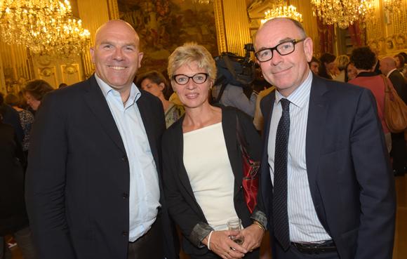 47. Bruno Bonnell, président de Robopolis, Yvon Léa, président du directoire Banque Rhône-Alpes et son épouse Nadine