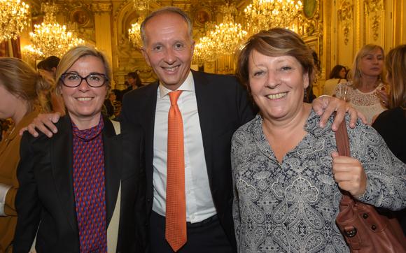 51. Nathalie Blanc (Léon Bérard), Eric Vernusse, président du club de la Com et Christine Legrand (CPE Lyon)