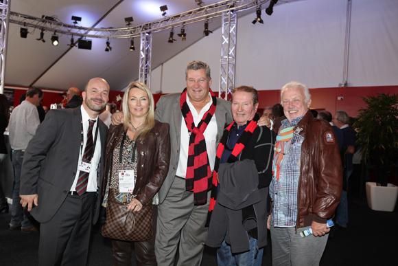 7. Julien Bonnard (LOU Rugby), Corinne Paris, Christophe Gerbaud (Assurances Paris Gerbaud), Papou Gérard et Jean-Louis