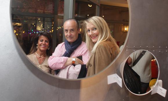 9. Pascale Landoin (Ophélie Bijoux), Richard Thavel (Scp Zerbib), Béryl Maillard, consul de Saint-Domingue