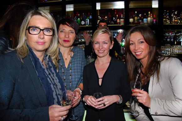 22. Corinne Paris, Martine Fassion, Mélanie Maraillet et Siem (Cabinet d'assurances)