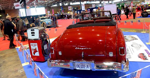 40. Chrysler à la pompe