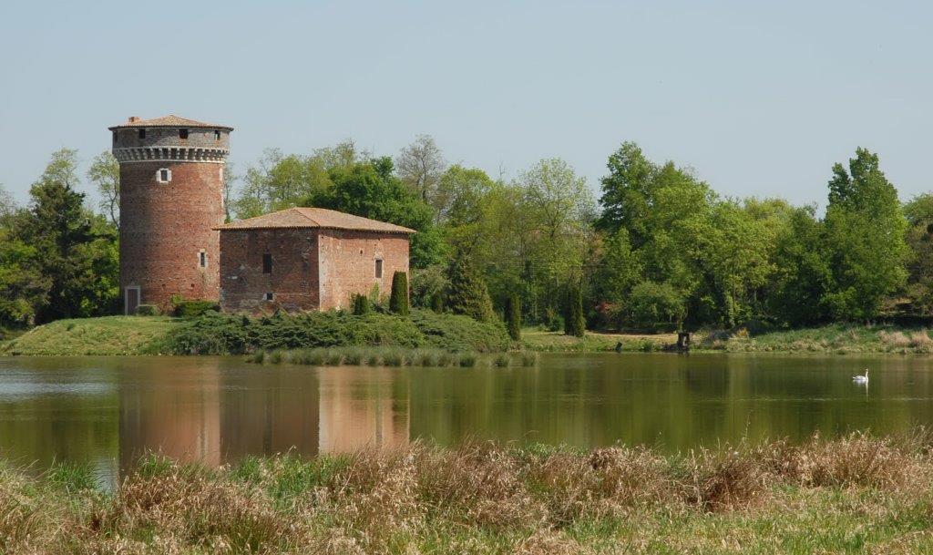 Patrimoine et châteaux de la Dombes. Appel à témoins