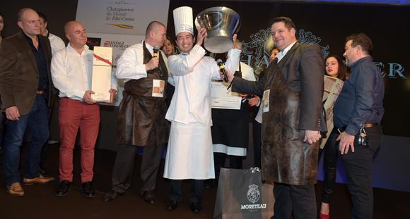 Le Japonais Hideyyuki Kawamura, champion du Monde de pâté-croute