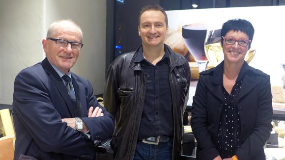 12. Laurent Gérentes, créateur Fromage Gérentes, Patricia, responsable du rayon et François Gérentes