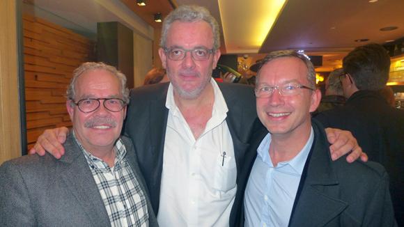 8. Thierry Laurent, fondateur de Provifruits, Benoit Galland (Provifruits) autour d'Eric Chetail