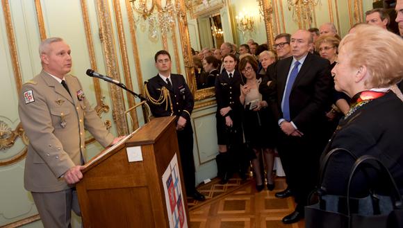 Les vœux du gouverneur militaire de Lyon sous le signe de Charlie