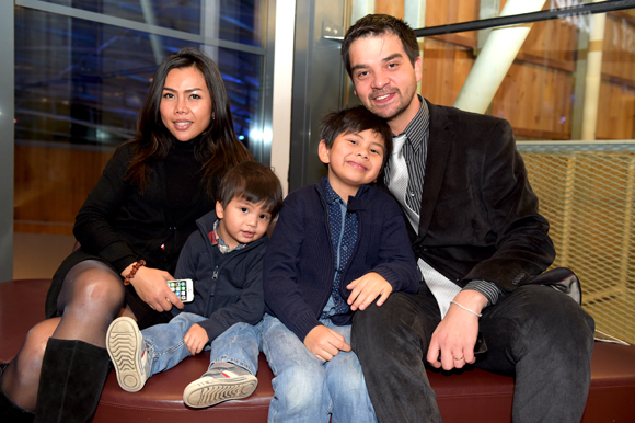 18. Jérémy Desprets, directeur de Confluence, sa famille Eva, Timéo et Gabriel