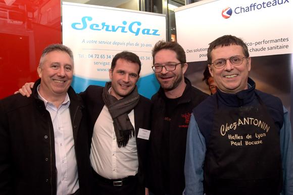 25. Philippe Neri (Servigaz), Laurent Issert (Chaffoteaux), Gilbert Vincent (Les Garçons Bouchers) et Eric Giraud (Chez Antonin)