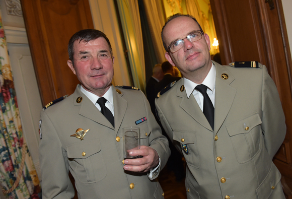 25. Le commandant Jean-Claude Leberruyer et le major Hervé Blanluet