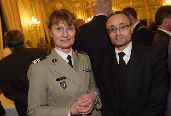 28. Le lieutenant-colonel Nadine Gay et Taoufik Bourgou (Lyon III)
