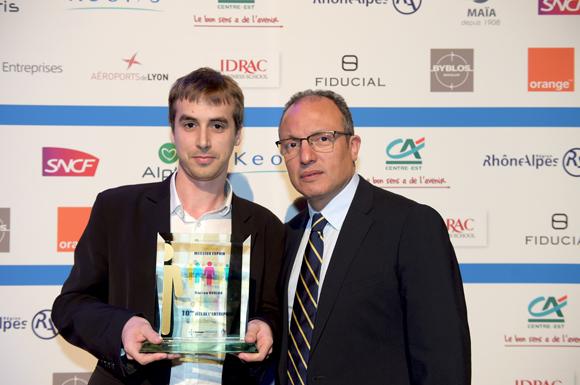 29. Trophée du meilleur espoir remis à Florian Bureau (APPS Panel) par Ali Hannas (Idrac)