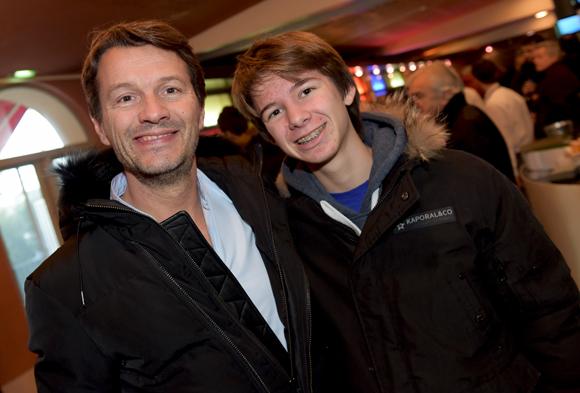 7. Pierre Clément (Orange) et son fils Charles