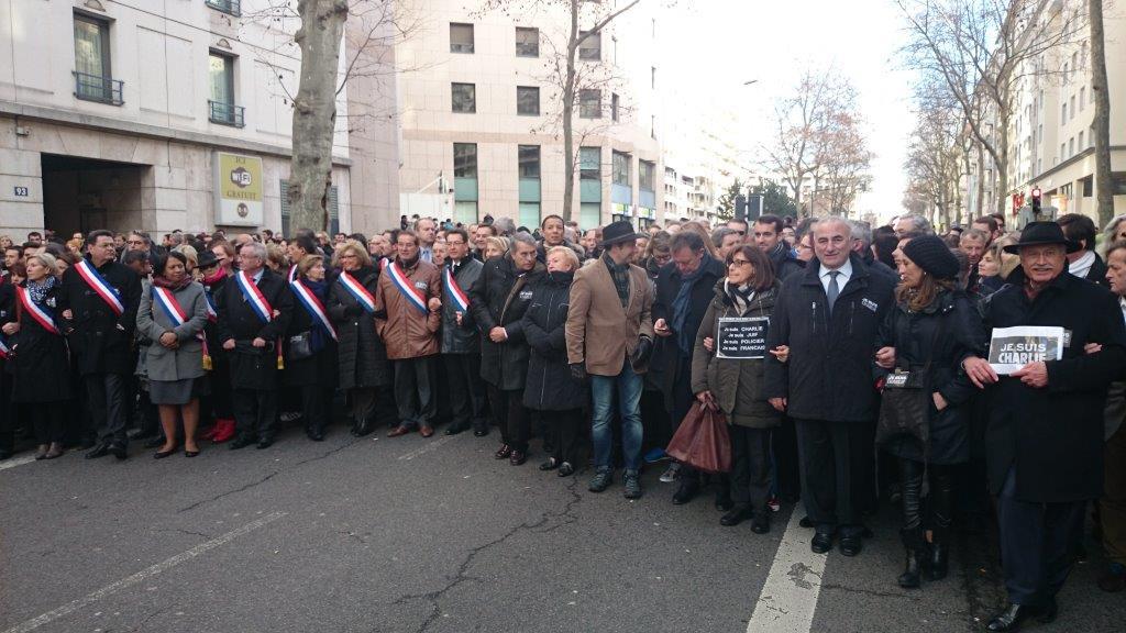 Sang d'encre pour Charlie Hebdo