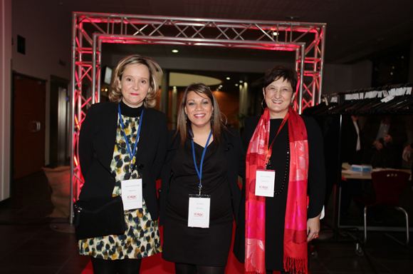 1. Virginie Lacroix-Altuna et Ana Rocha et Catherine Bonnel (Idrac)